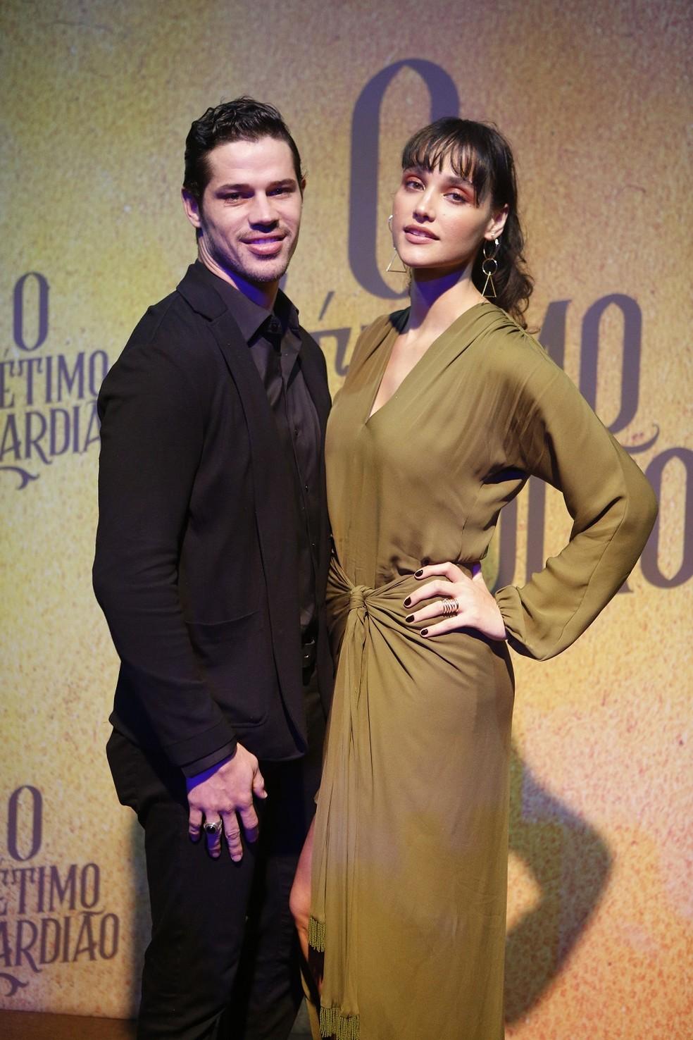 José Loreto e Débora Nascimento brilham juntos! Ela interpetará o bad boy Eurico  — Foto: Fabiano Battaglin/Gshow