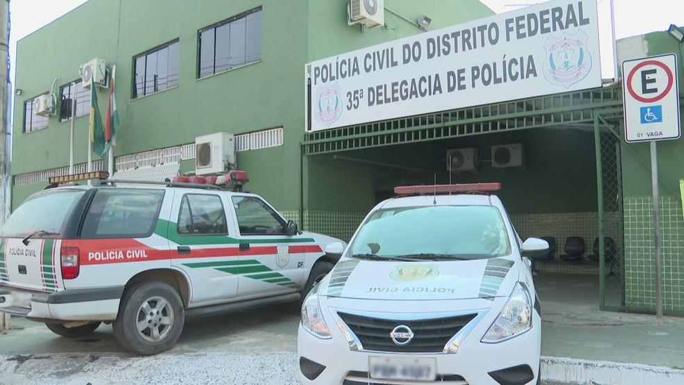 Fachada da 35ª DP, em Sobradinho II — Foto: TV Globo/Reprodução