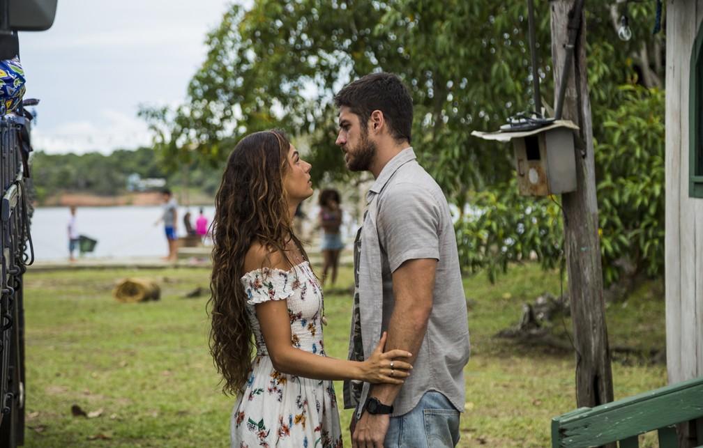 Rita pede perdão a Zeca — Foto: Renan Branco/Gshow