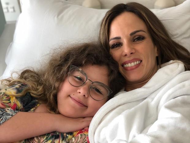Ana Furtado e filha (Foto: Reprodução)