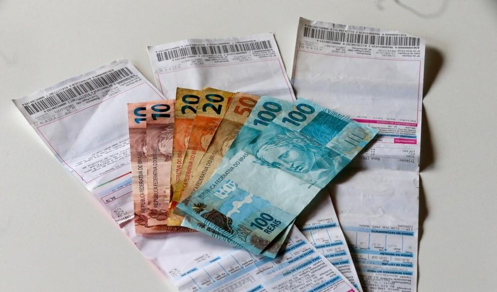 A medida vale para famílias que consomem até 100 kWh por mês no Ceará. — Foto: Natinho Rodrigues/SVM