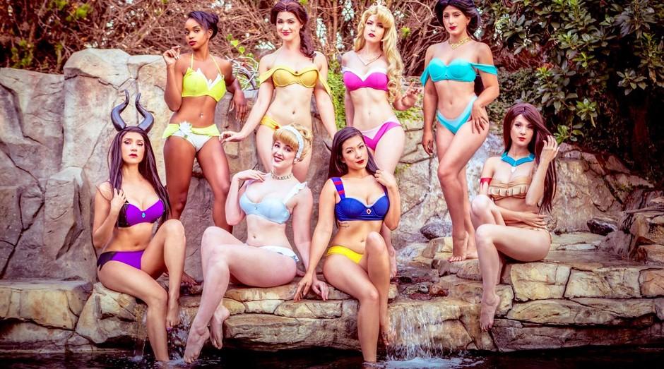 Além de biquínis, a empresa vende acessórios para ajudar na caracterização (Foto: Facebook/Enchanted Bikinis)