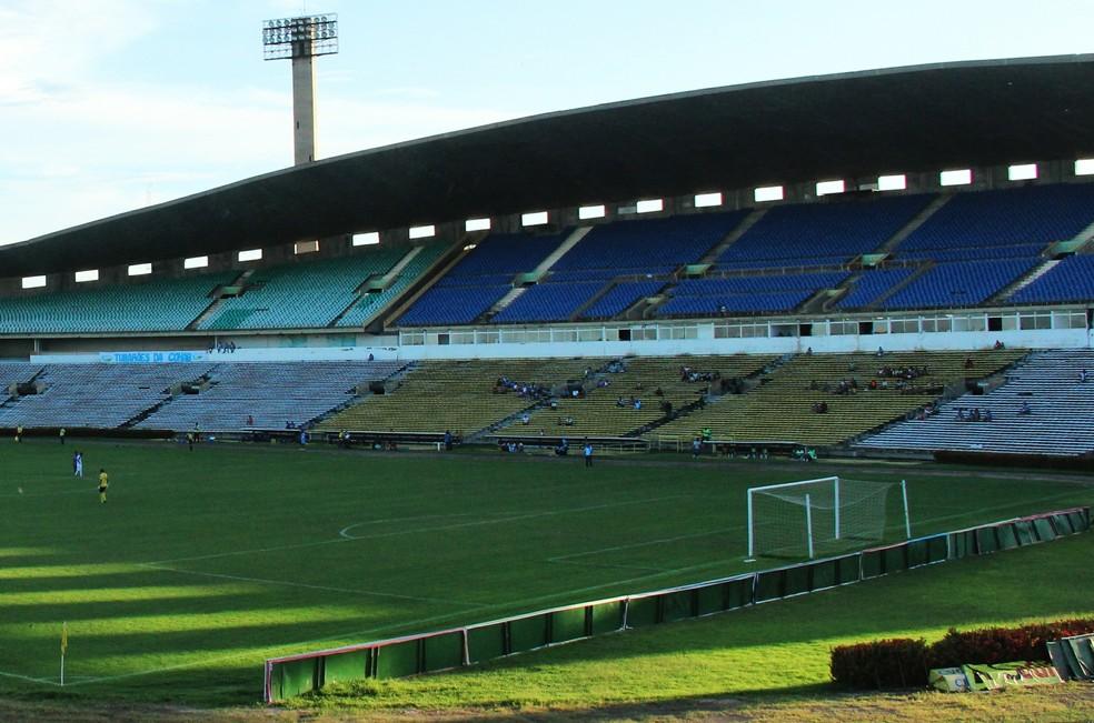 Estádio Albertão, em Teresina  (Foto: Dfran Veras )