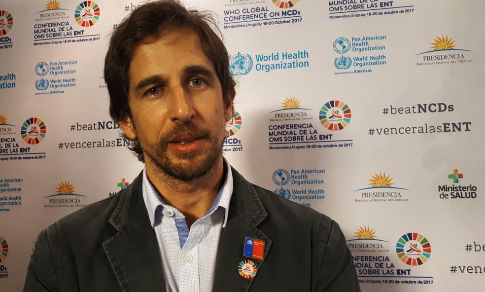 Matias Portela, da Divisão de Políticas Saudáveis do Ministério da Saúde, em evento da OMS sobre doenças não-transmissíveis no Uruguai (Foto: Carolina Dantas/G1)