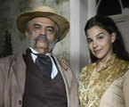 Eudoro (José Dumont) e Pilar (Gabriela Medvedovski) | TV Globo