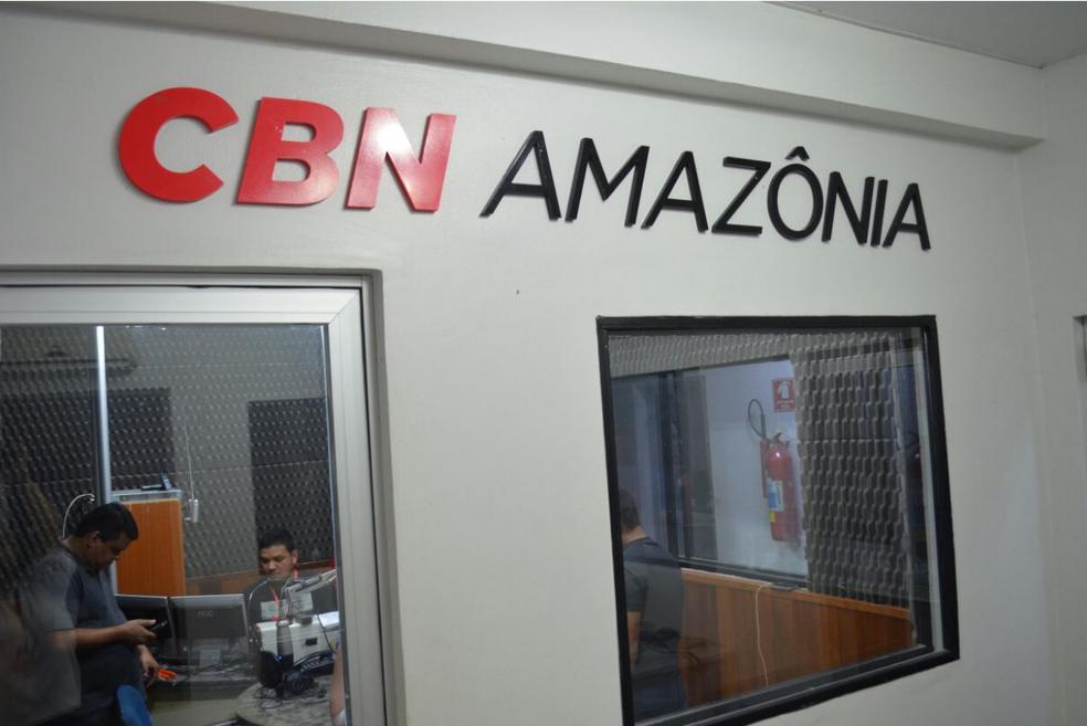 Estúdio da nova CBN Amazônia em Macapá (Foto: Fabiana Figueiredo/G1)