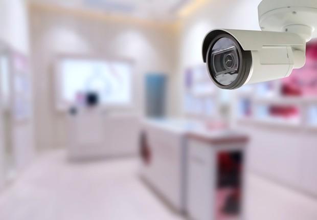 Câmera - Câmera de segurança (Foto: Pakorn Polachai / EyeEm // Getty Images)