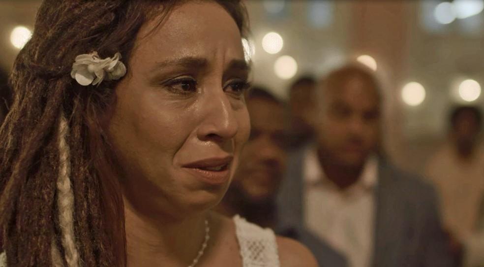Gorete interrompe o noivo e diz que não pode se casar — Foto: TV Globo