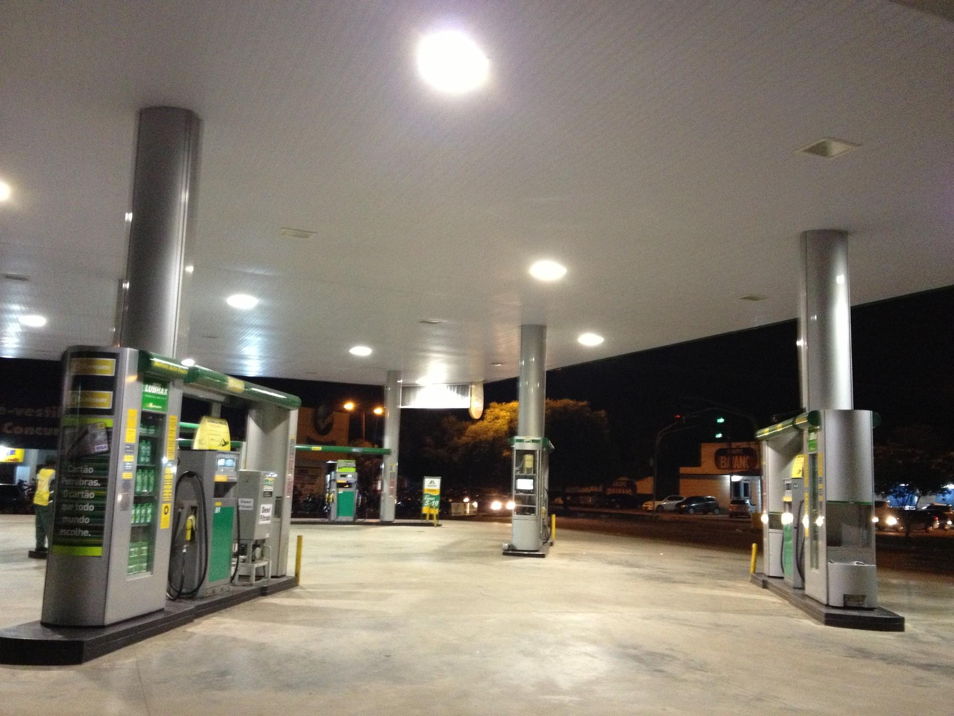 Postos de combustíveis e comércio de Boa Vista oferecem descontos no 'Dia da Liberdade de Imposto'