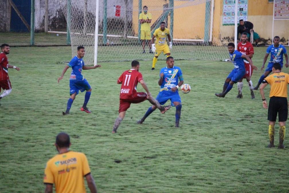 Altos x Fluminense-PI  — Foto: Emanuele Madeira/ge