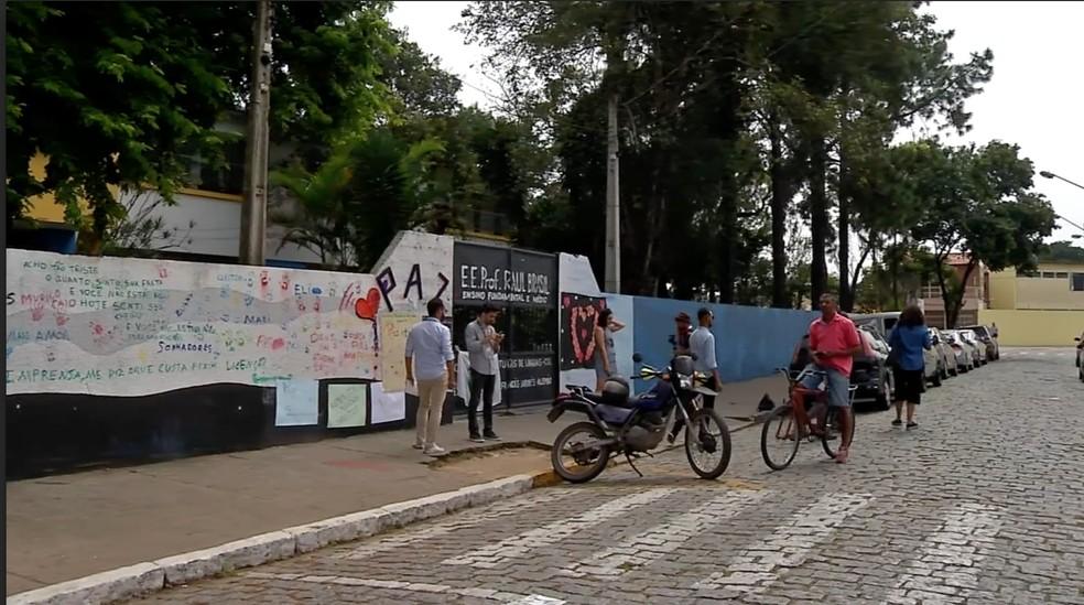A maior parte dos estudantes feridos no massacre ainda não voltou a estudar na Raul Brasil — Foto: Reprodução/TV Diário