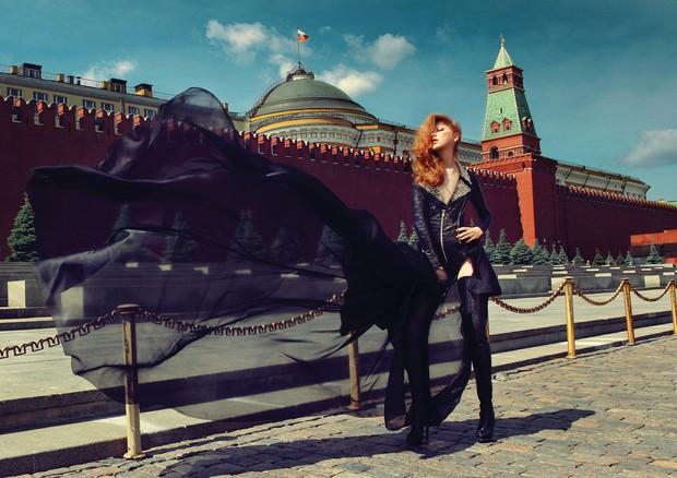 A modelo russa Varvara Shutova fotografada em Moscou.  (Foto: Filippo Del Vita , Divulgação e Reprodução)