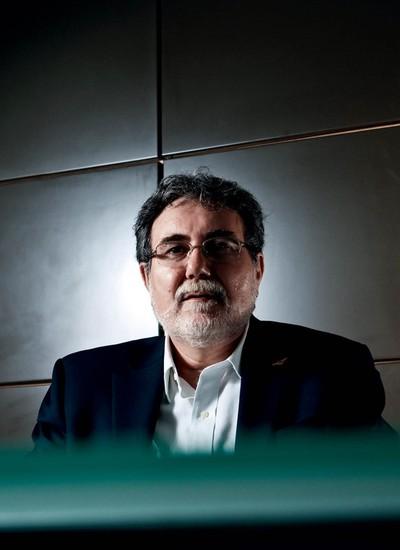 """Carlos Américo Pacheco, reitor do ITA. Ele comanda uma verdadeira reinvenção da escola de engenharia, no interior paulista. """"Os nossos alunos devem mudar o mundo, e não somente melhorá-lo um pouquinho"""" (Foto: Adriano Vizon/Folhapress)"""