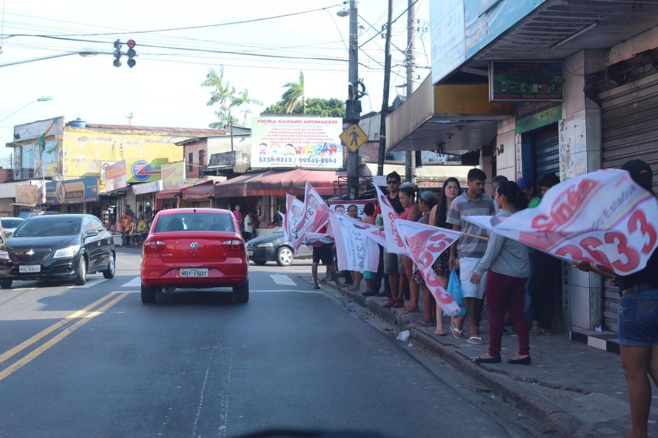 A duas semanas da Eleição, candidatos intensificam campanhas nas ruas de Manaus