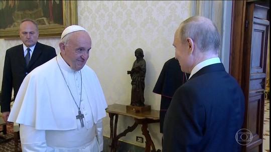 Vladimir Putin se reúne com Papa Francisco no Vaticano