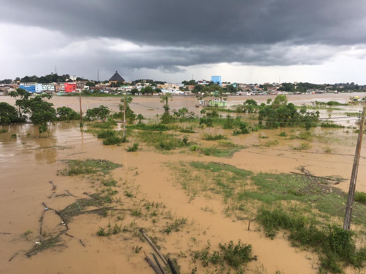 Com cheia do Rio Juruá, mais de 120 famílias ainda permanecem em abrigo no interior do AC