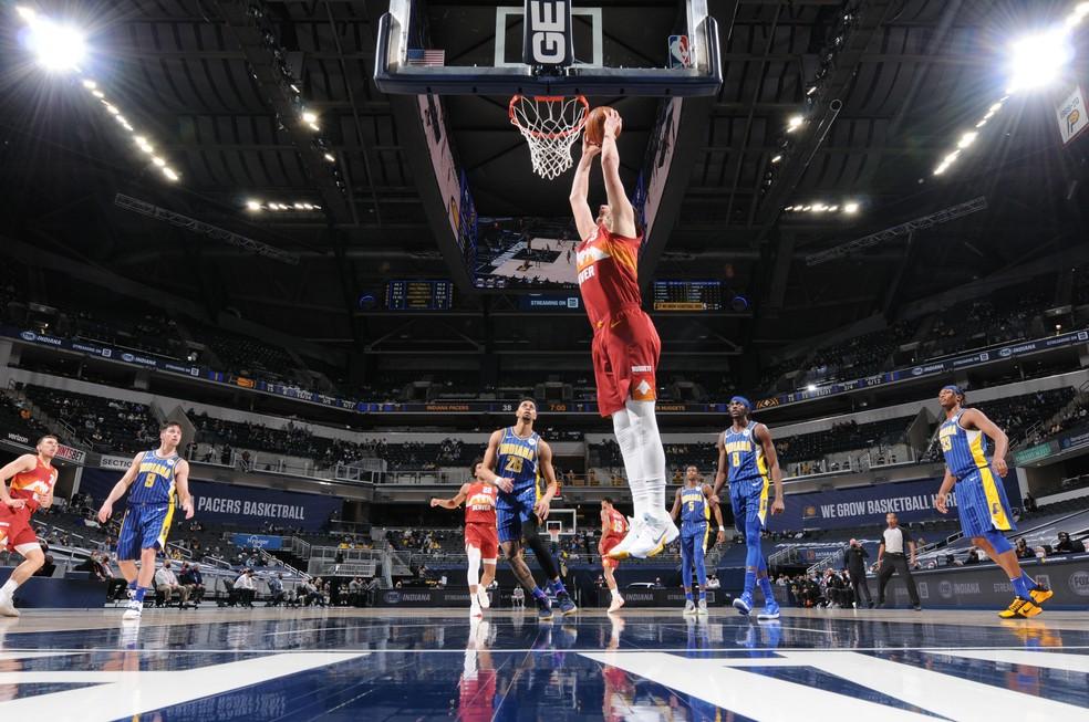 Jokic — Foto: Ron Hoskins/NBAE via Getty Images