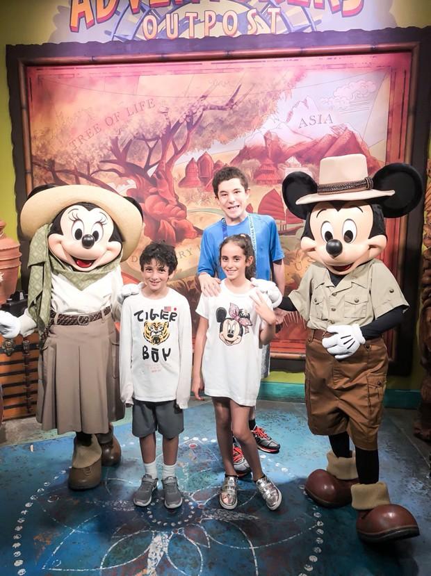 Família de Marcos Mion na Disney (Foto: Reprodução/Instagram)
