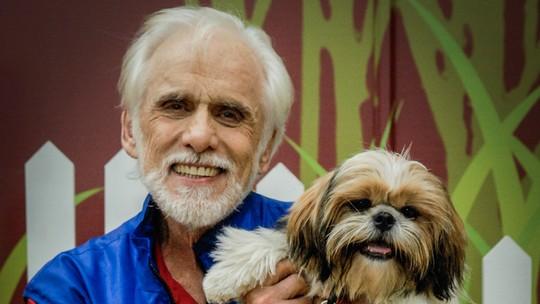 Francisco Cuoco fala sobre sua paixão por seus cães: 'Esses bichinhos são pura poesia'