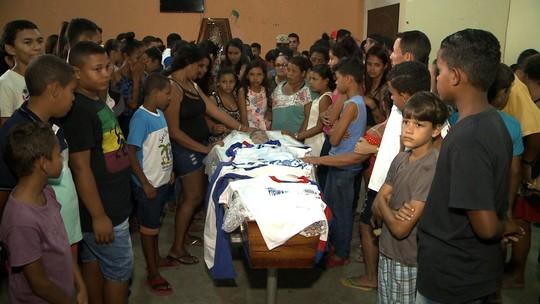 Aluno morto em frente a escola é enterrado sob forte comoção em Messias