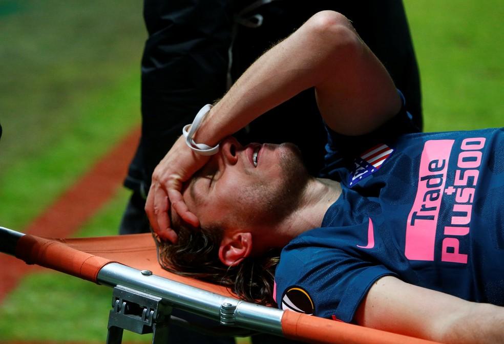 Filipe Luís quase perdeu a Copa, por lesão (Foto: Reuters)