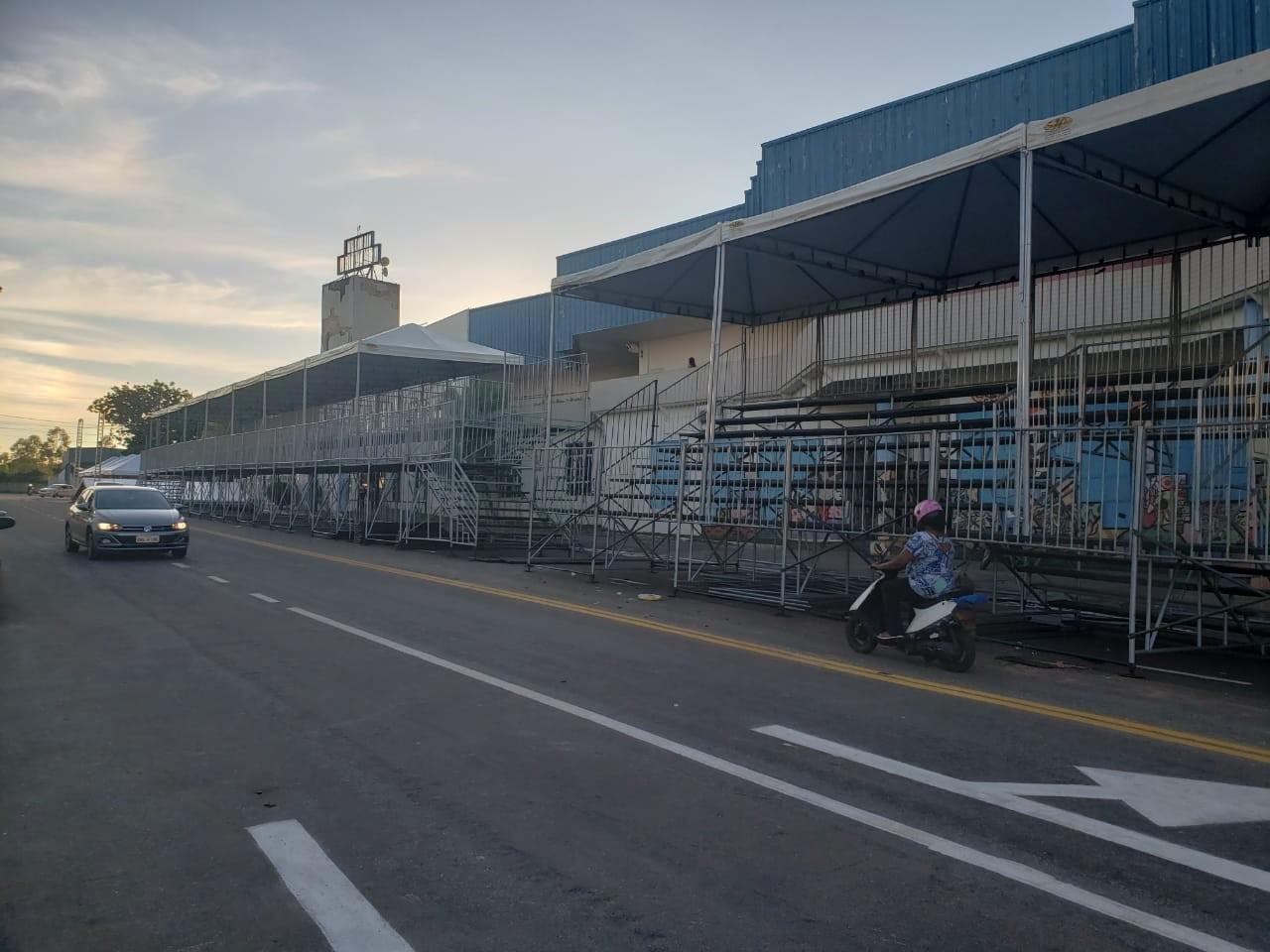 Estruturas de carnaval começam a ser montadas em cidades do Tocantins