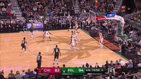 Como um rolo compressor, Bucks tiram diferença de 22 pontos e atropelam os Bulls