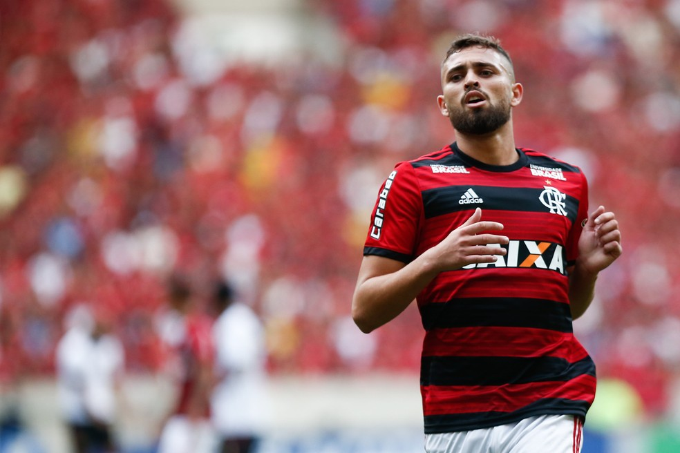 Léo Duarte renovou até 2022 com o Flamengo (Foto: Staff Images/Flamengo)