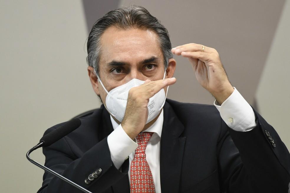 Carlos Murillo, representante da Pfizer — Foto: Jefferson Rudy / Agência Senado