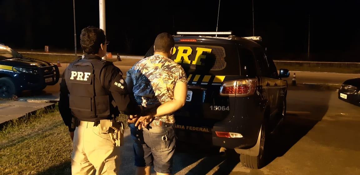 Dois homens são presos suspeitos de tráfico interestadual de drogas, em Mamanguape, na PB - Notícias - Plantão Diário