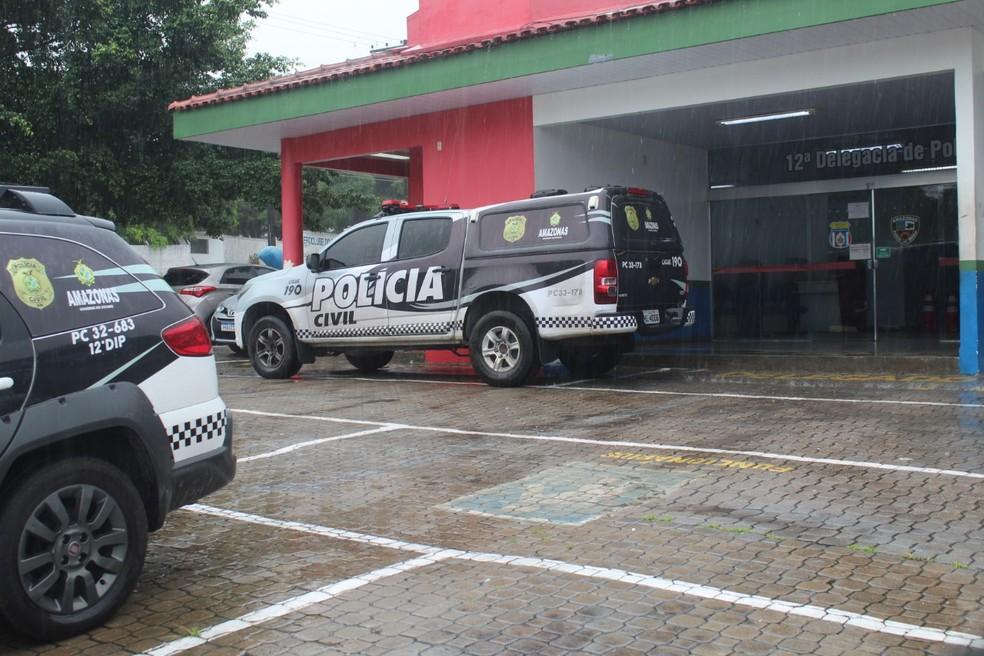 Caso foi registrado no 12º DIP, em Manaus — Foto: Rickardo Marques/G1