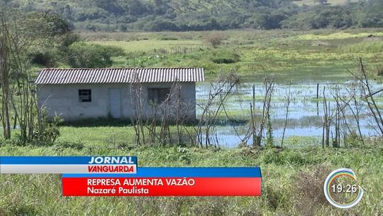 Aumento do nível do rio Atibainha causa alagamentos em Nazaré e Bom Jesus