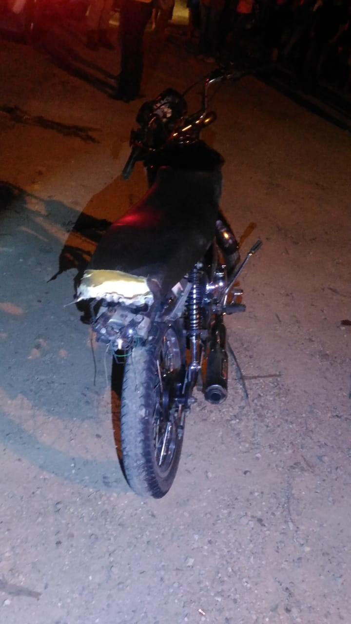Adolescente morre após motocicleta bater de frente com carro na SC-410 em Nova Trento - Notícias - Plantão Diário