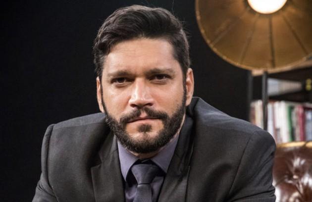Na terça-feira (27), Diogo (Armando Babaioff) ameaçará Mário (Lúcio Mauro Filho) e exigirá que ele se afaste de Nana (Fabiula Nascimento) (Foto: TV Globo)