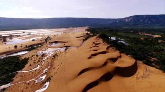 Dunas moldam paisagens brasileiras e são atração turística