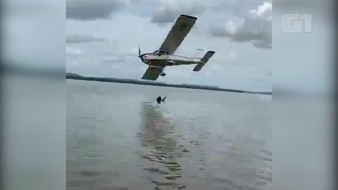Piloto de avião é preso por fazer acrobacias perto de banhistas em Nova Iorque, no MA