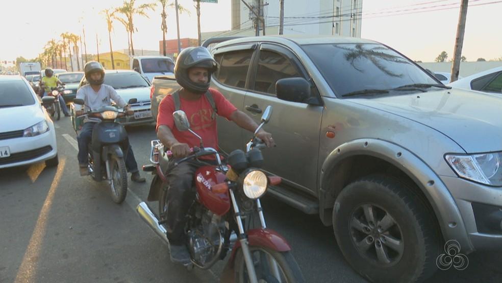 Em todos os estados do Acre há mais motos que carros, segundo estudo (Foto: Reprodução/Rede Amazônica Acre)