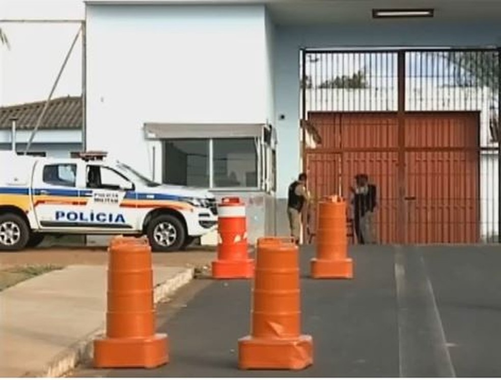 Penitenciária Professor Aluízio Ignácio de Oliveira, em Uberaba, apresenta superlotação — Foto: Reprodução/TV Integração