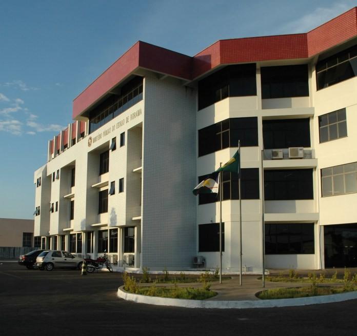 MP ajuíza ação contra governo e pede regularização do transporte escolar no Cantá, interior de RR