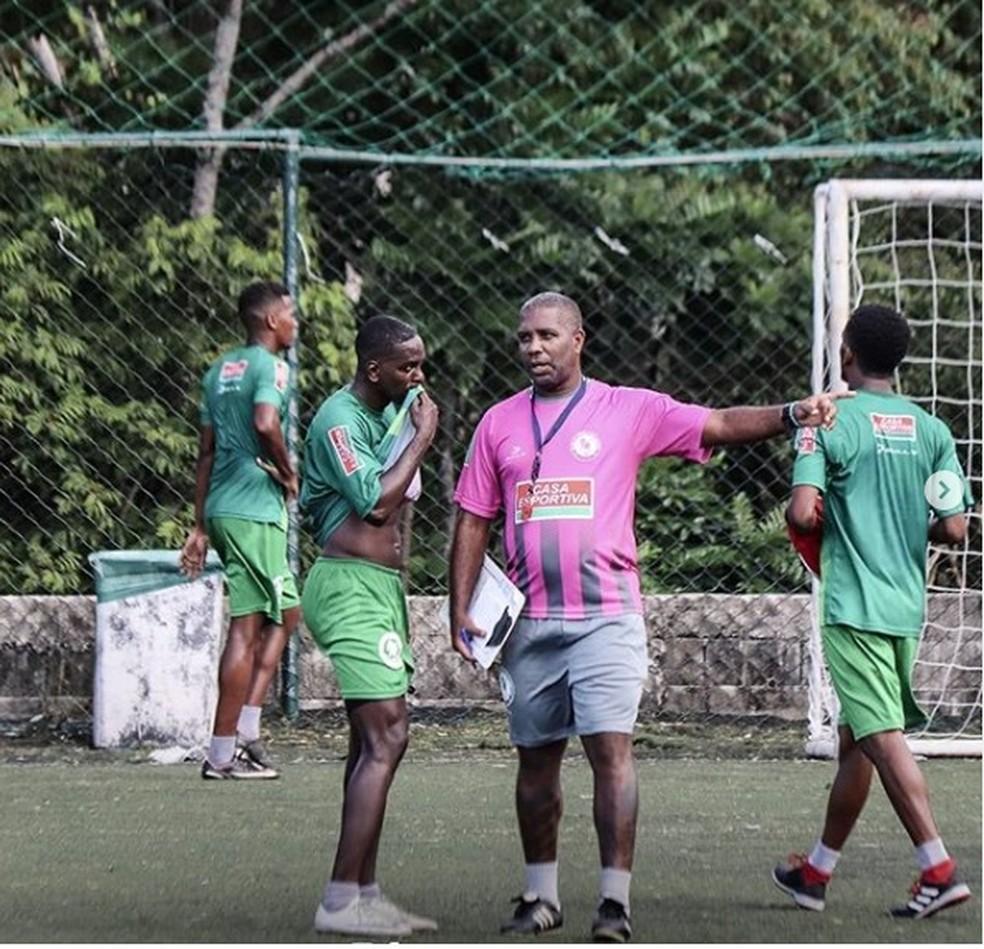 Jonilson Veloso conquistou o acesso à Série C com a Jacuipense — Foto: Jacuipense / Divulgação