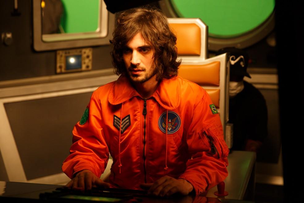 Fiuk no clipe do single 'Big Bang' — Foto: Divulgação
