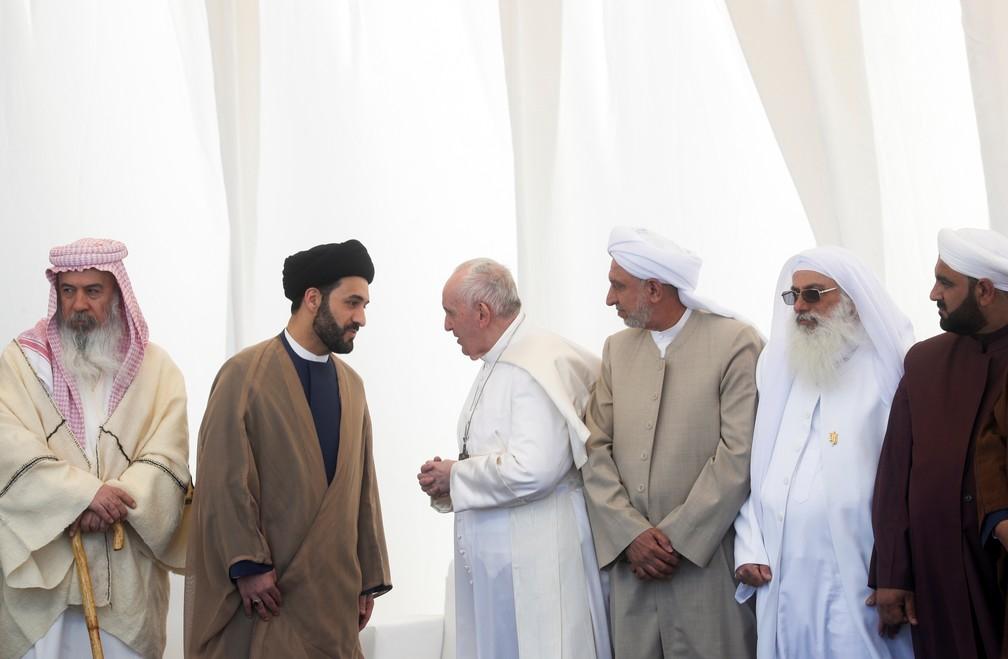 Papa Francisco participa de uma cerimnia no local de nascimento do profeta Abrao em 6 de maro de 2021  Foto Yara NardiReuters
