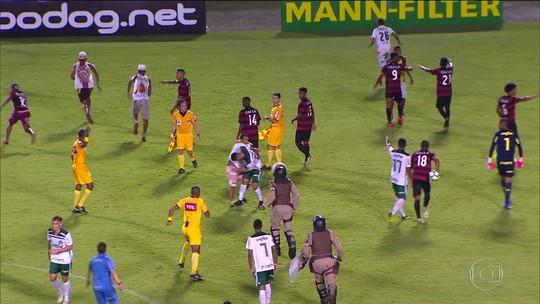Vitória é multado e perde dois mandos de campo no sub-20 por invasão de torcedores