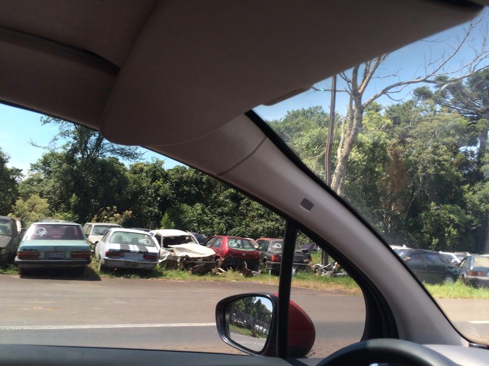 PRF vai prensar e vender sucada de 1,3 mil veículos recolhidos há mais de um ano no RN — Foto: João Delgado/VC no G1