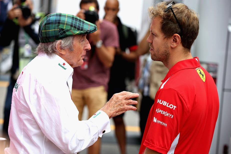 Para Stewart, Vettel já passou do auge na F1, e Hamilton ainda está construindo o seu