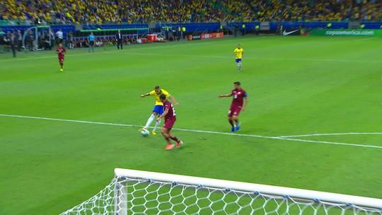 Veja os melhores momentos de Brasil x Venezuela, pela Copa América