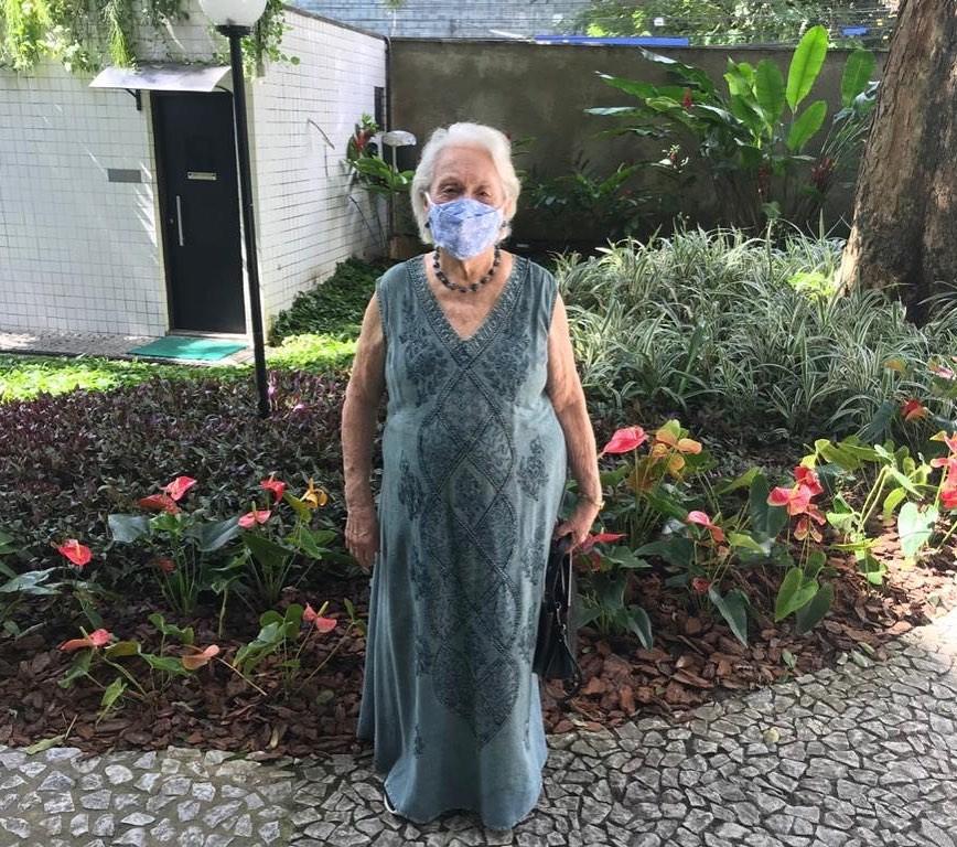 Vovó Zuleide Lima imunizada contra Covid-19 (Foto: Reprodução Instagram)