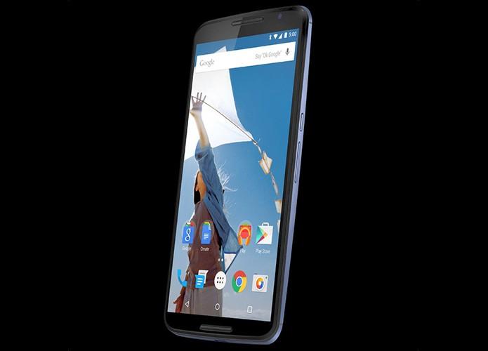 Imagem do Nexus 6 mostra smart com telona de quase 6 polegadas e Android L (Foto: Reprodução/Twitter)