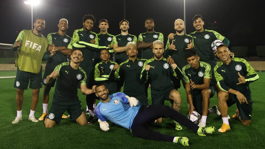 Elenco do Palmeiras durante o treino deste sábado — Foto: Cesar Greco\Palmeiras