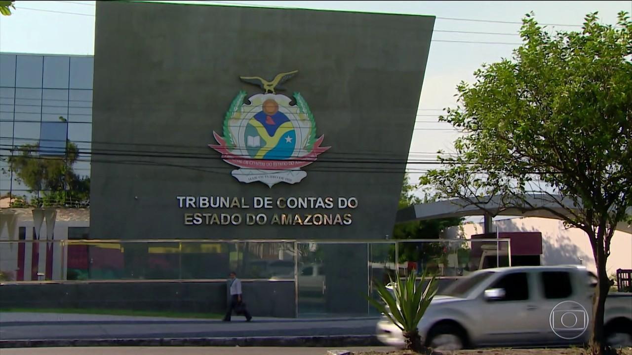 AM e Manaus suspendem vacinação de profissionais da saúde por 24 horas